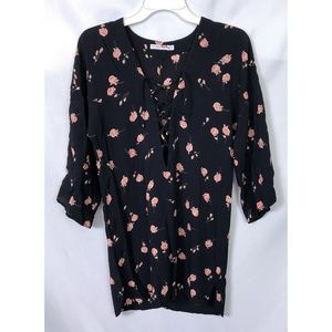Flynn Skye Floral Lace Front Top